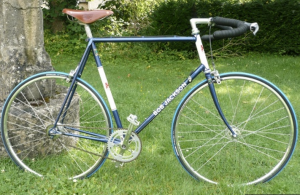 "The ""Sprockets and Spindles"" community bike project in Corsham, Wiltshire, made a great job of restoring this Bob Jackson frame, which was rescued from a skip."